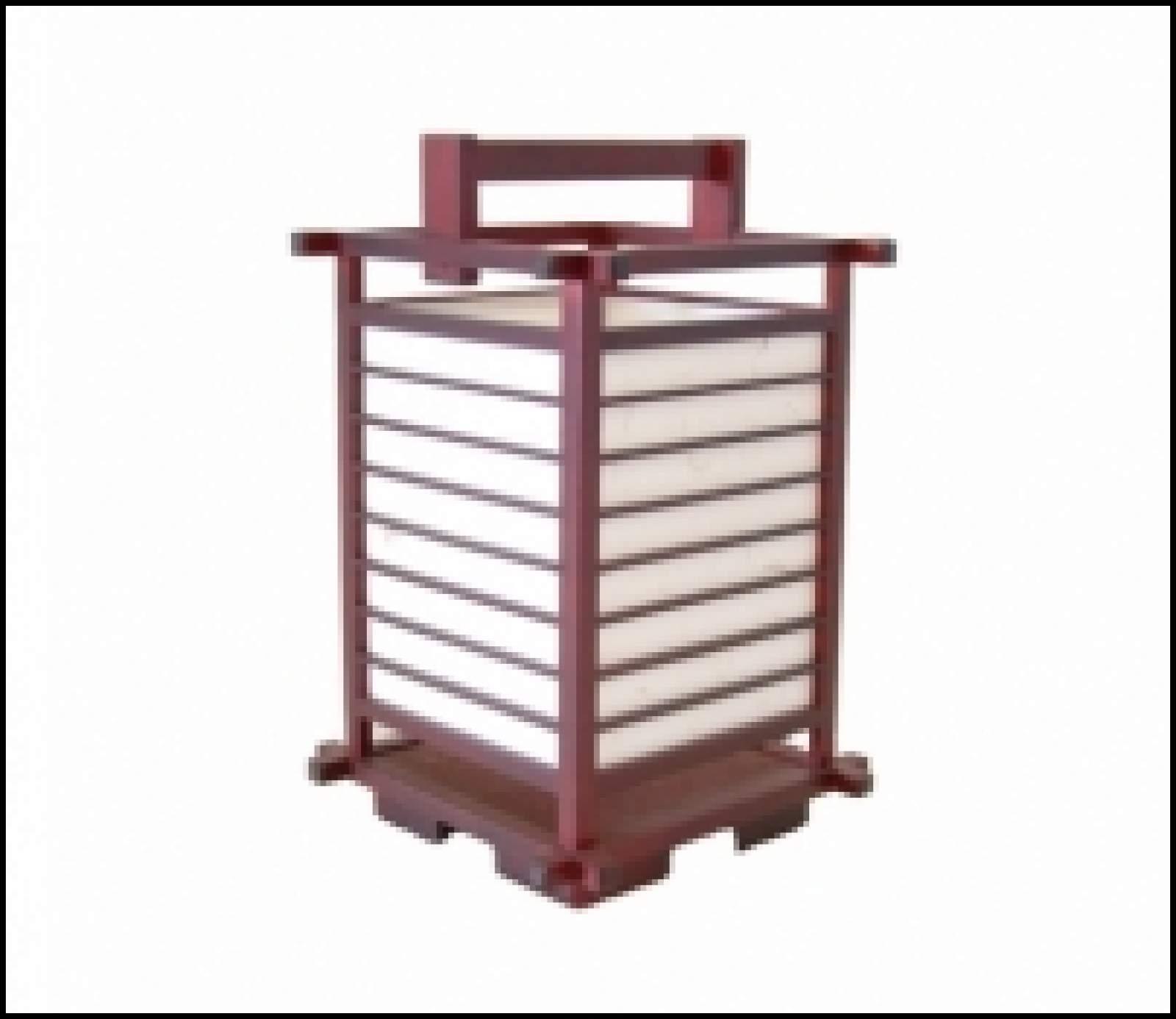 Les Lampes Traditionnelles Japonaises En Bois Et Papier En Plein